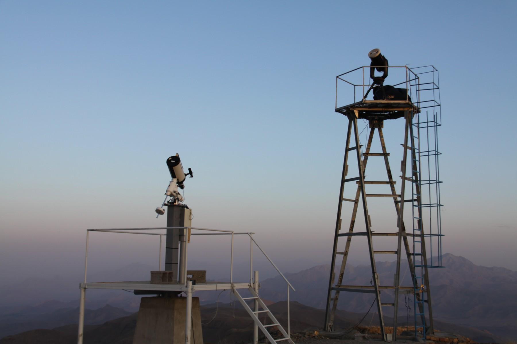 اندازه گیری دید نجومی با استفاده از دو تلسکوپ کوچک نصب شده در ارتفاعات مختلف