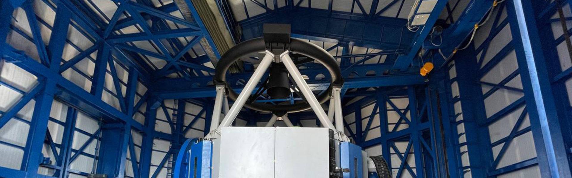 نصب تلسکوپ ۳/۴ متری در رصدخانه